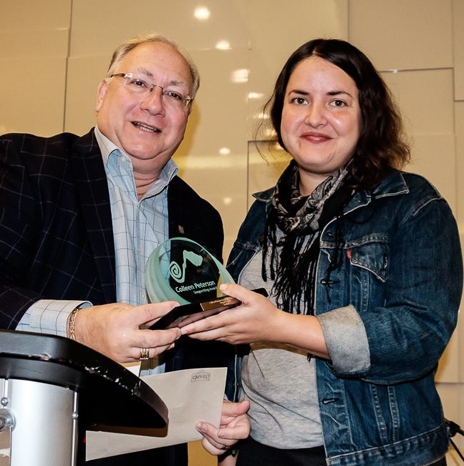 Harvey Slack of Ontario Arts Council presenting award to Abigail Lapell