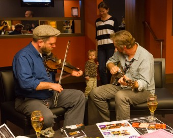 2012 OCFF Conference - Jamming in the restaurant lounge at the Delta Meadowvale